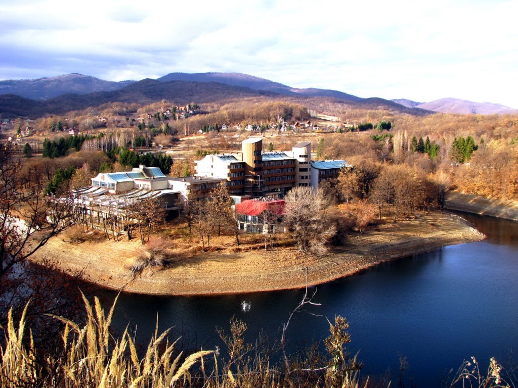 Borsko jezero Hotel jezero