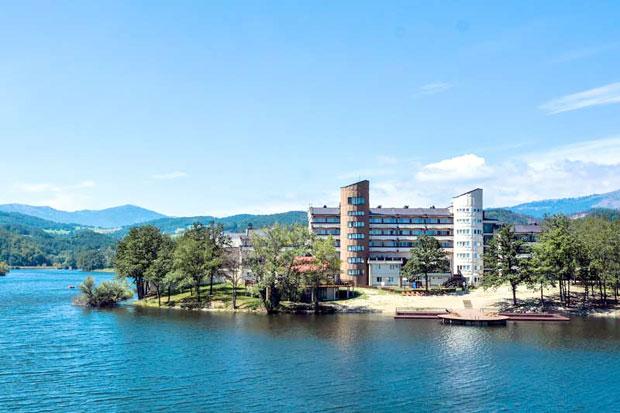04 bor Hotel-Jezero-136